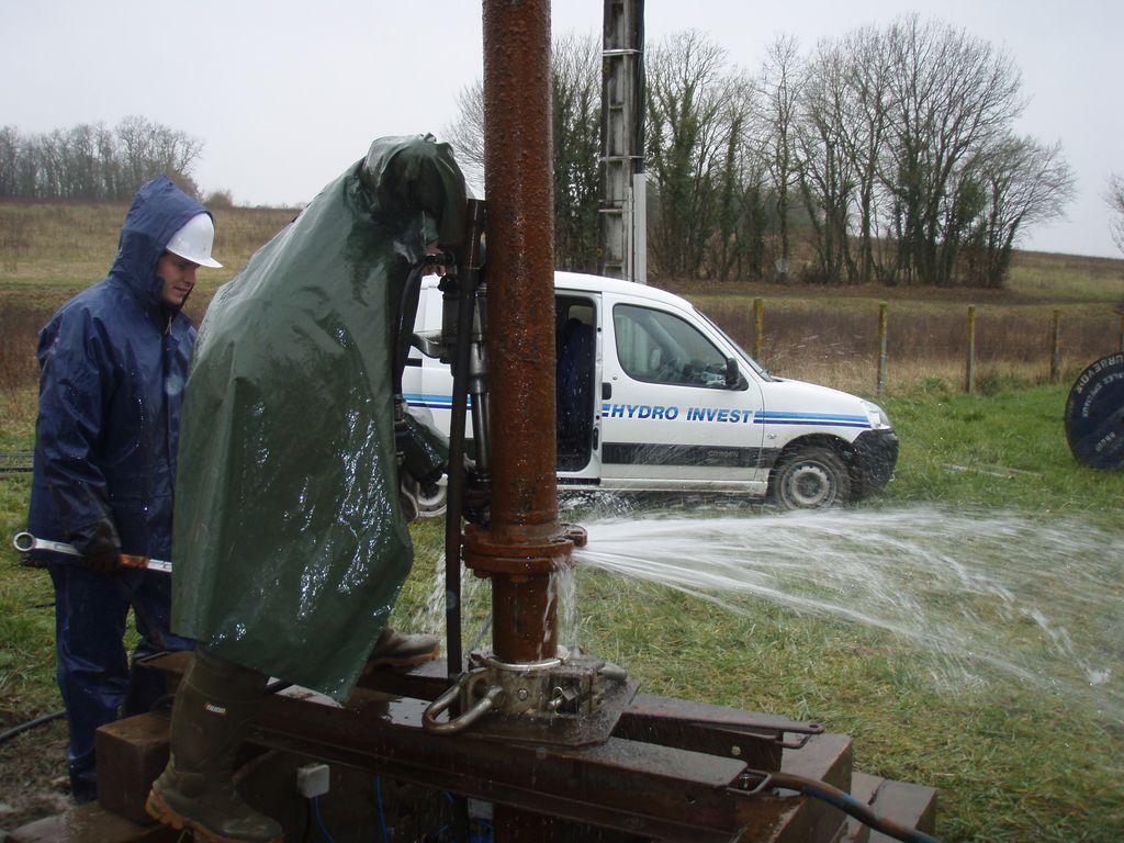 Démontage d'une colonne de pompe