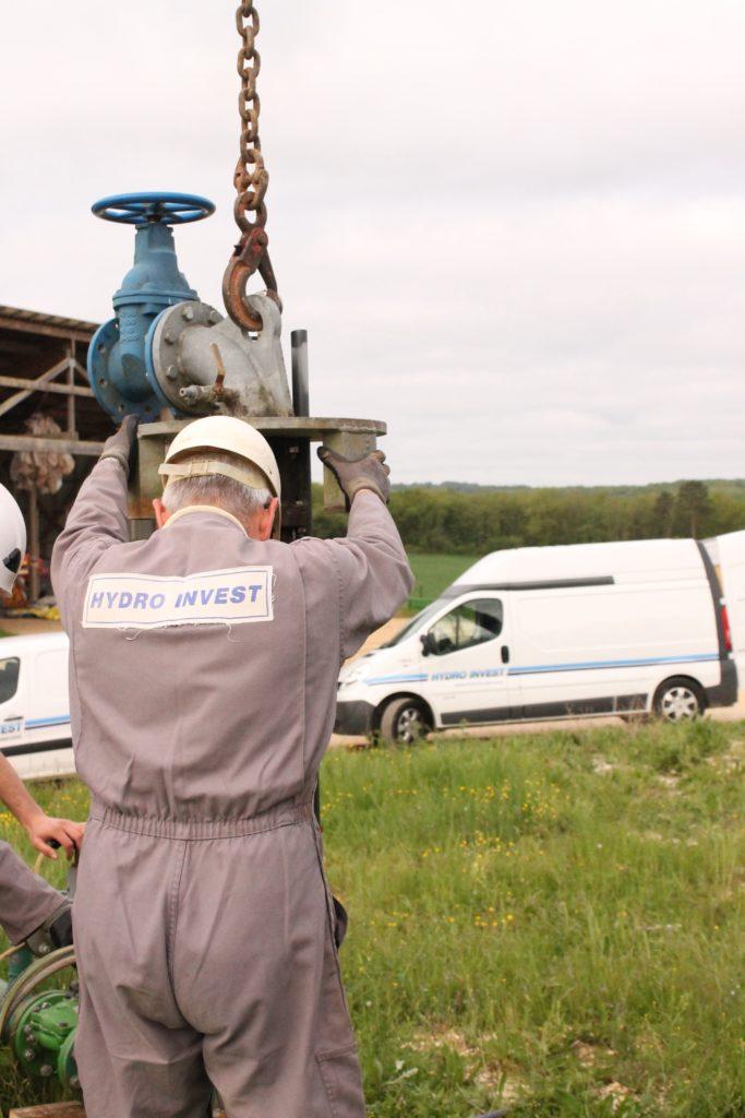 démontage colonne pompe forage